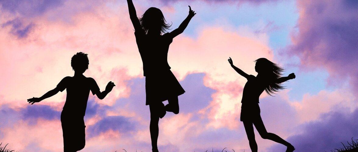 Mães no Canadá: será que eu criaria meus filhos diferente no Brasil?