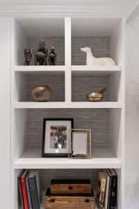 Displaying key accessories with the impact they deserve