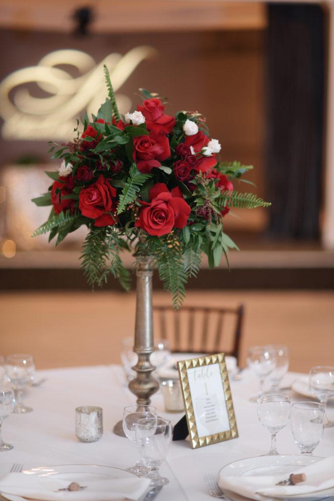 dark red wedding centerpieces