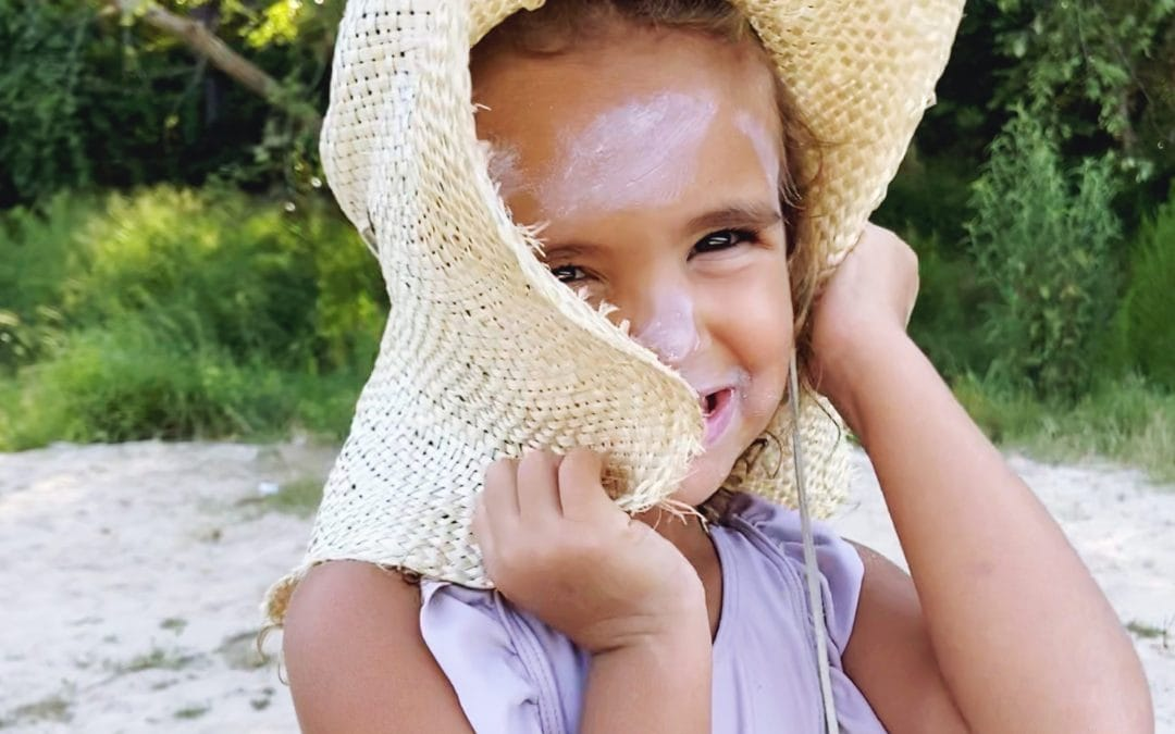 Hacks for Applying Sunscreen