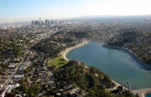 English Los Angeles offers English classes (ESL) in the Silver Lake area