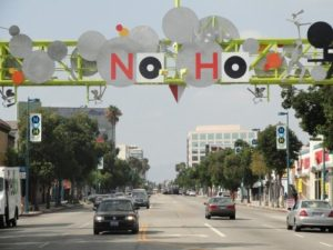 English Los Angeles offers English classes (ESL) in North Hollywood