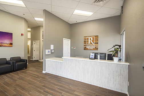 IMG_receptionist