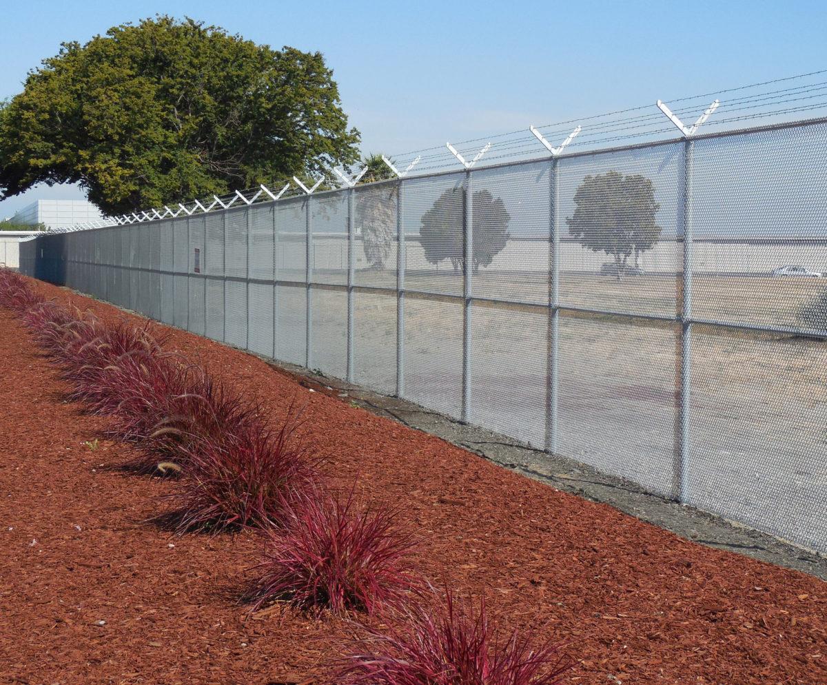 Salinas chain link fencing company