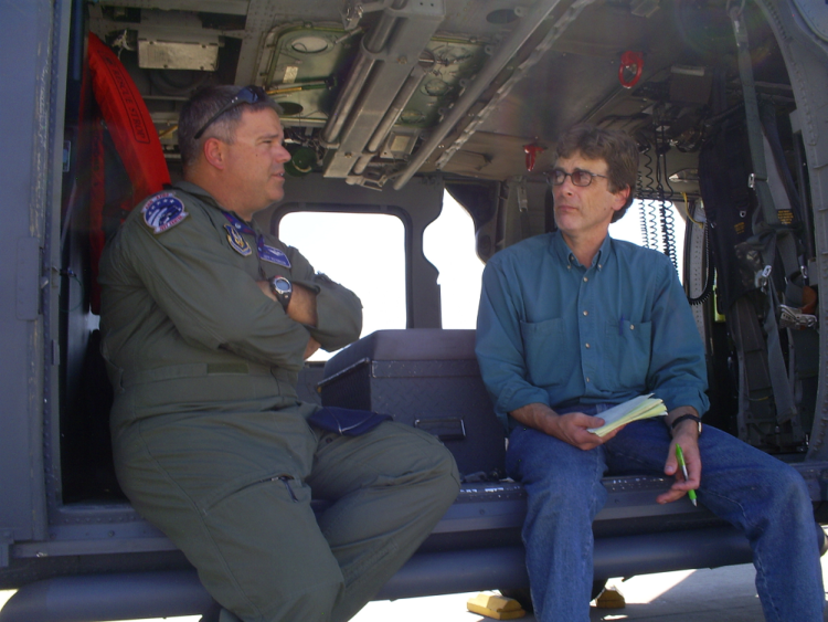 Leo interviewing air force pilot