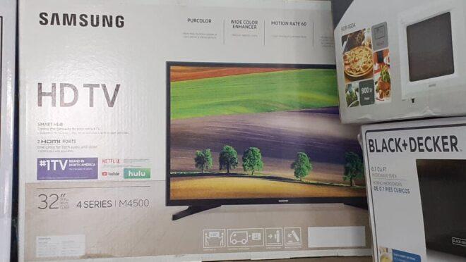 Samsung Smart HDTV 32 Inch