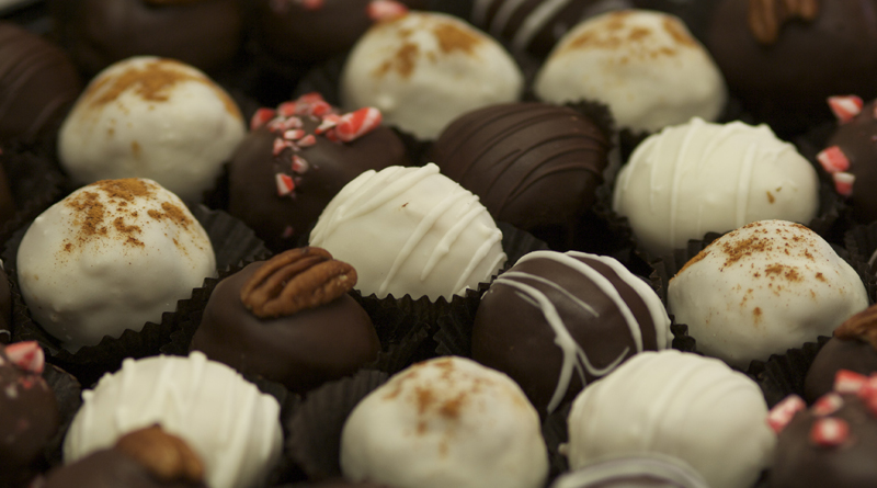 Dolce Pastries Cake Truffles