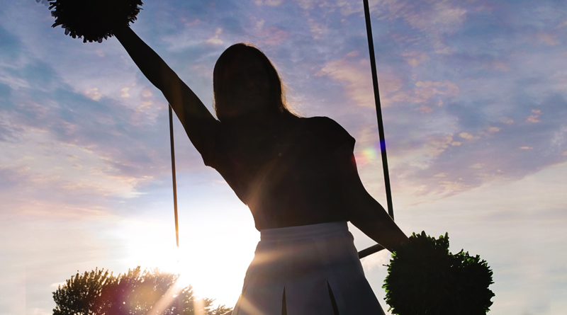DB Cheerleader With Tourette Syndrome Makes Difference
