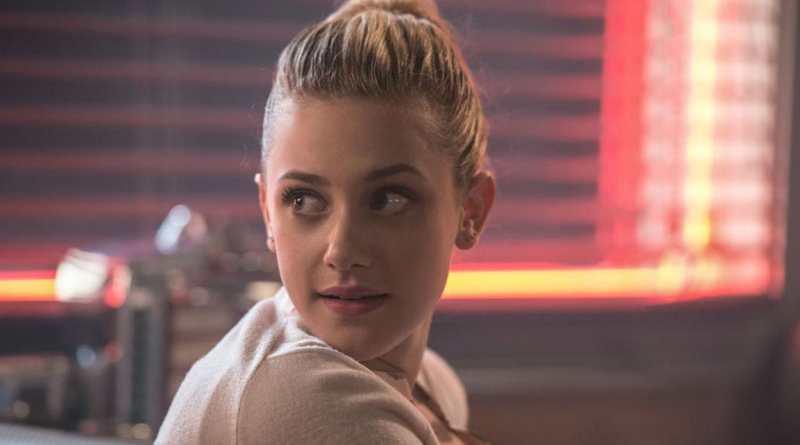 """Lili Reinhart From The Hit Show """"Riverdale"""" Opens Up About Anxiety"""