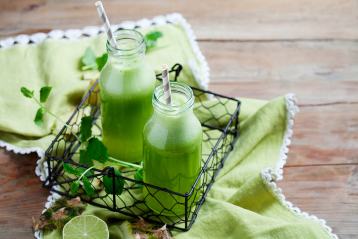 Healthy Green Juice with Turmeric