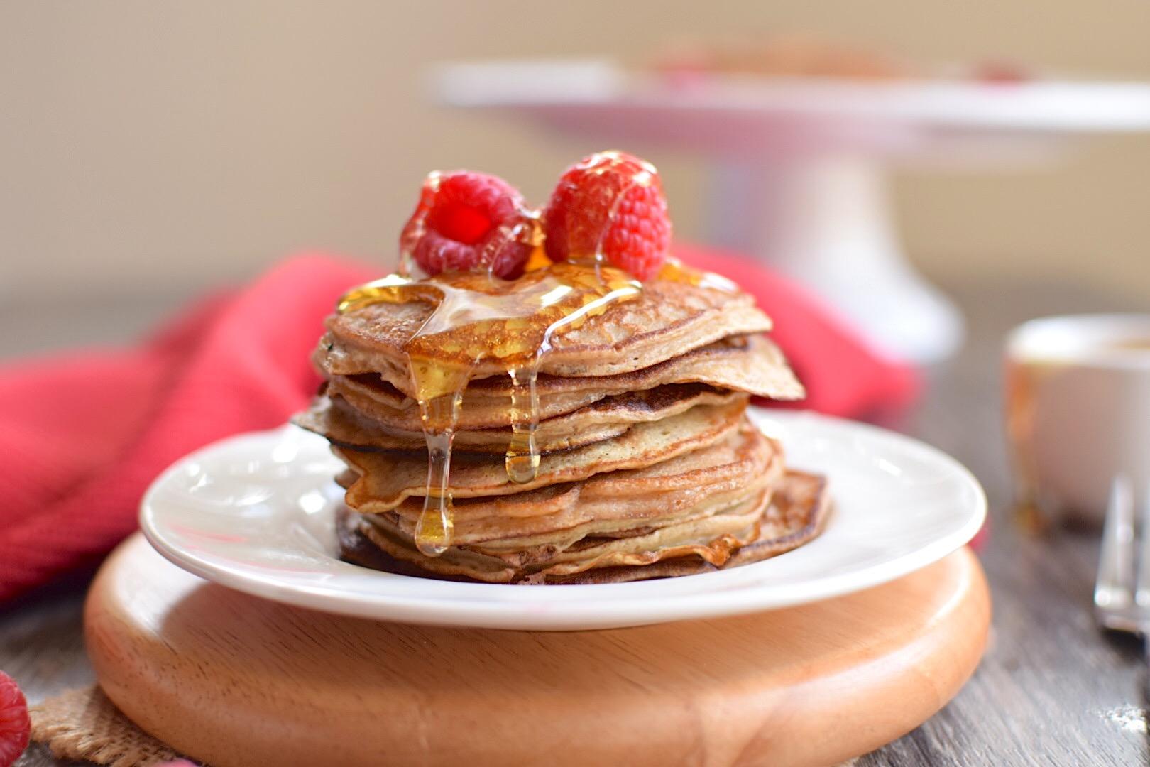 5 Ingredient Paleo Blender Pancakes