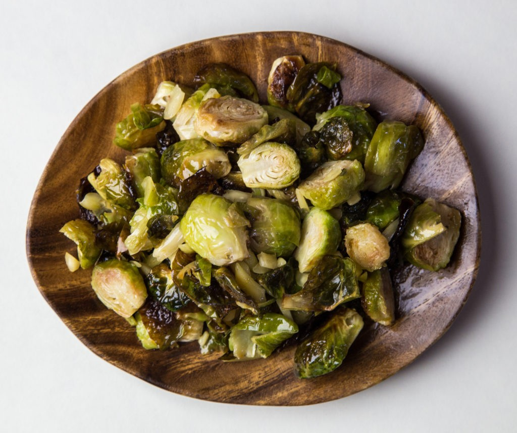 easy vegan Macadamia Nut Brussels Sprouts