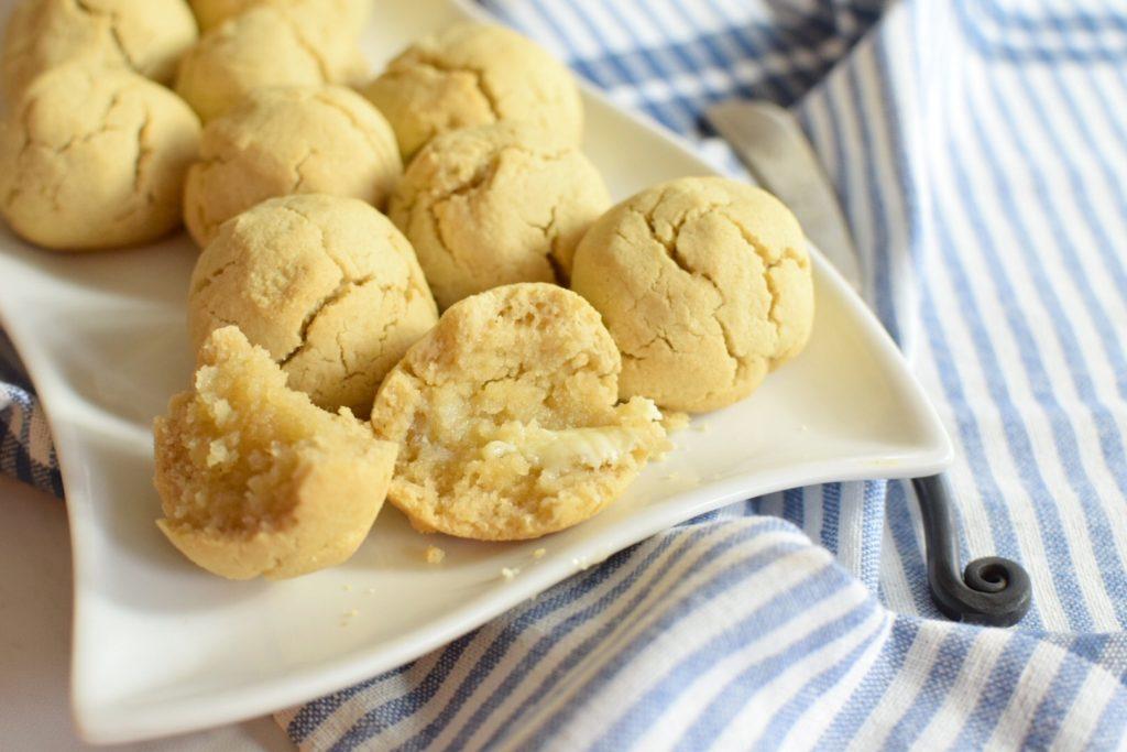 Yeast Free, Paleo Dinner Rolls - Anti Candida