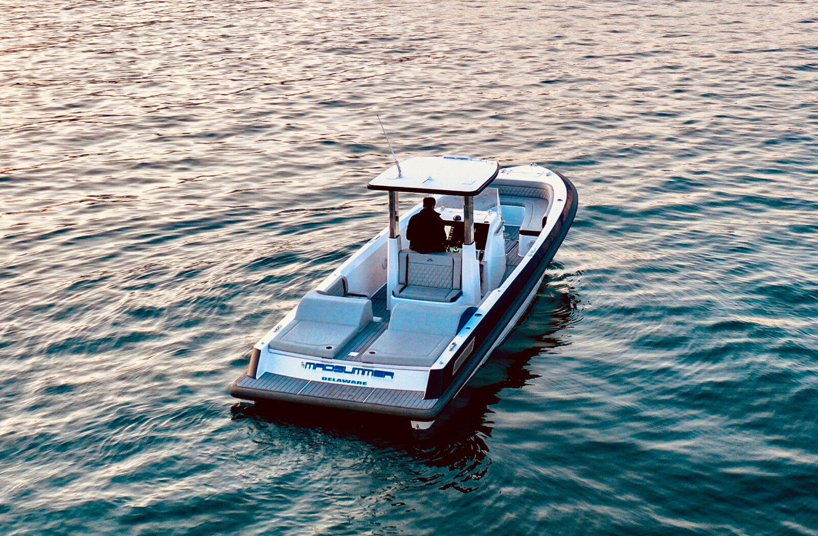 Rogue 330 yacht tender Madsummer