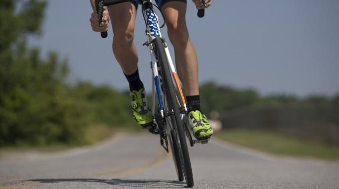 Using cycling to teach physics
