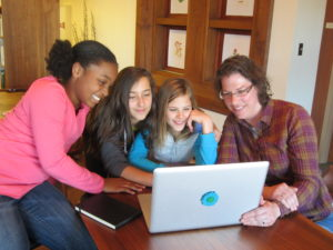 SciGirls Offers Real STEM Role Models for Young Girls
