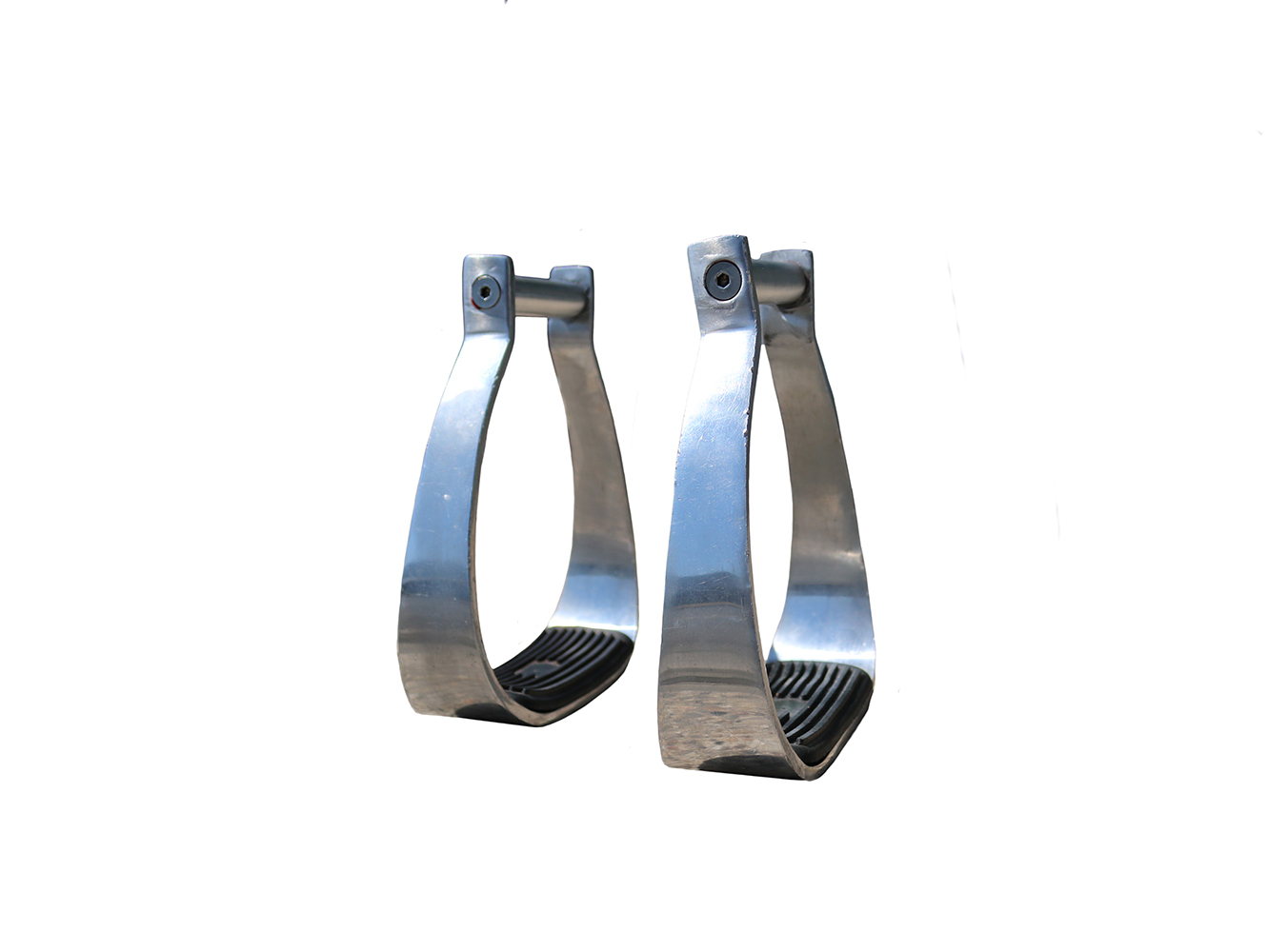 STIRRUPS 2 1/2IN NECK 5IN WIDTH OPENING 2IN DEPTH TREAD RUBBER TREAD ALUMINUM