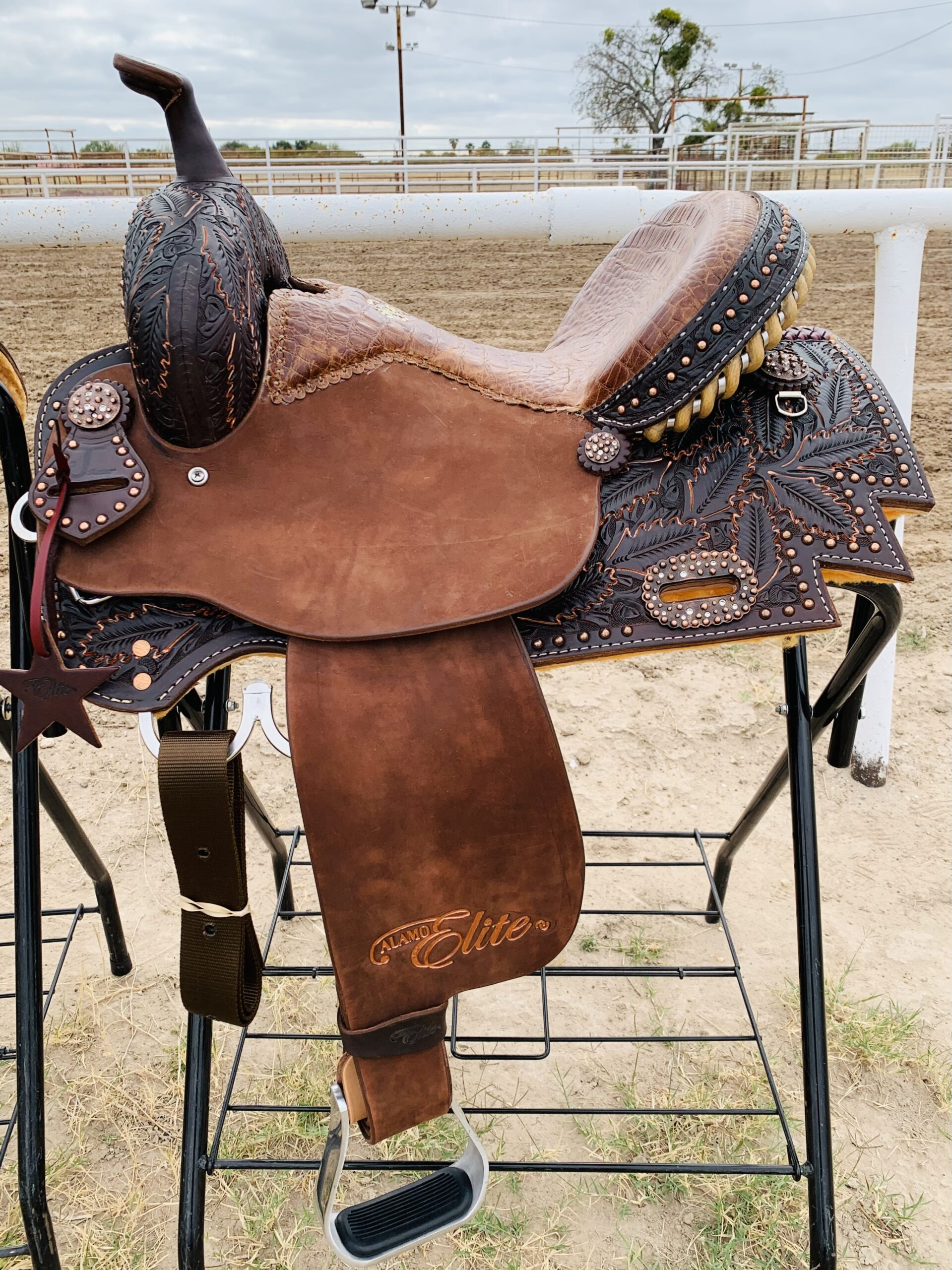 Sherrylynn Johnson Barrel Saddle SEAT SIZE 14.5