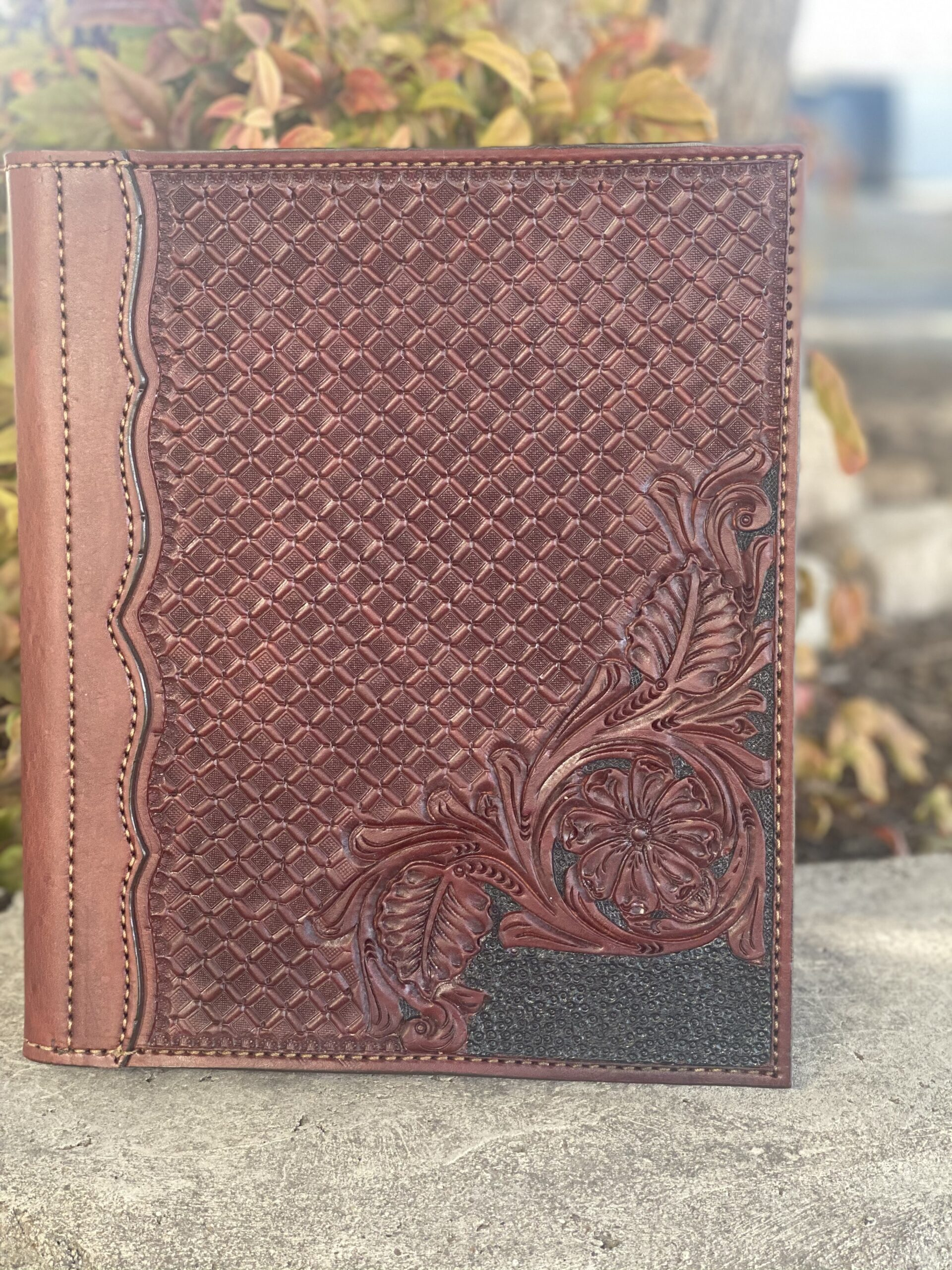 Portfolio in Chocolate combo tooled