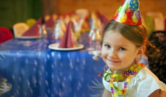 The best indoor birthday party games for 5 year olds. Including theme ideas and a detailed timeline for a smashing party. Kids will have a blast.