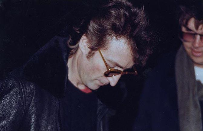 Barbara Walter Presents American Scandals- Mark David Chapman: The Man Who Shot John Lennon