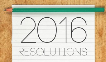Are you ready to take control of 2016? This is your year to be fearless, confident and courageous. It's a new year to fall more in love with your life! Check out 9 of the easiest New Year's resolutions you'll WANT to keep!