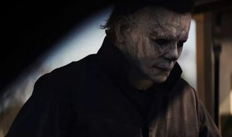 One of the best things about fall (besides the candy, of course): watching scary movies like Halloween! If you love to have your pants scared off, check out these top 10 slasher flicks!