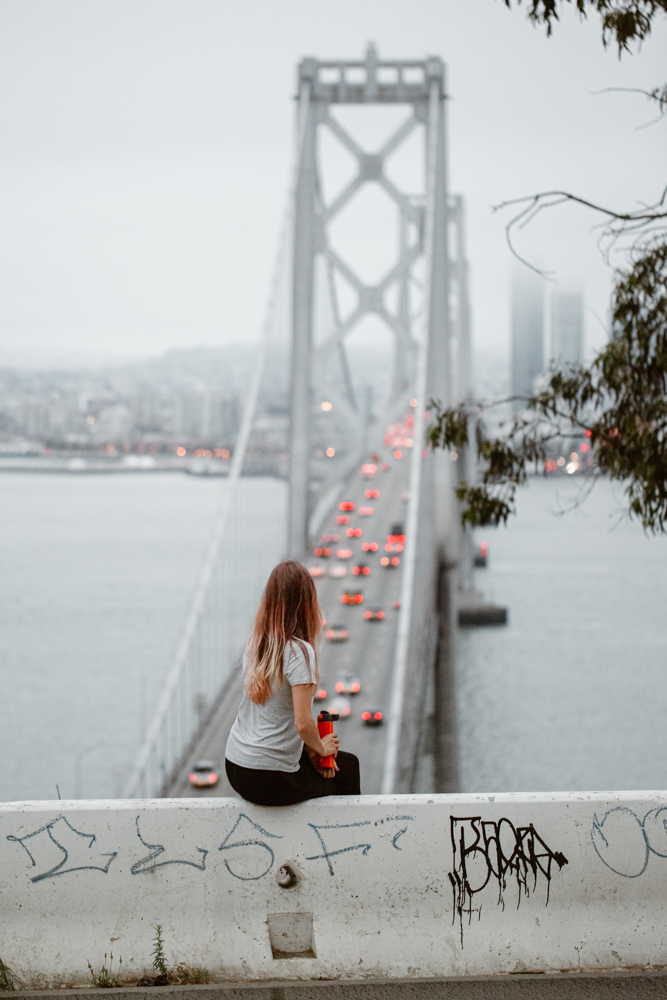 girl-looking-at-bay-bridge