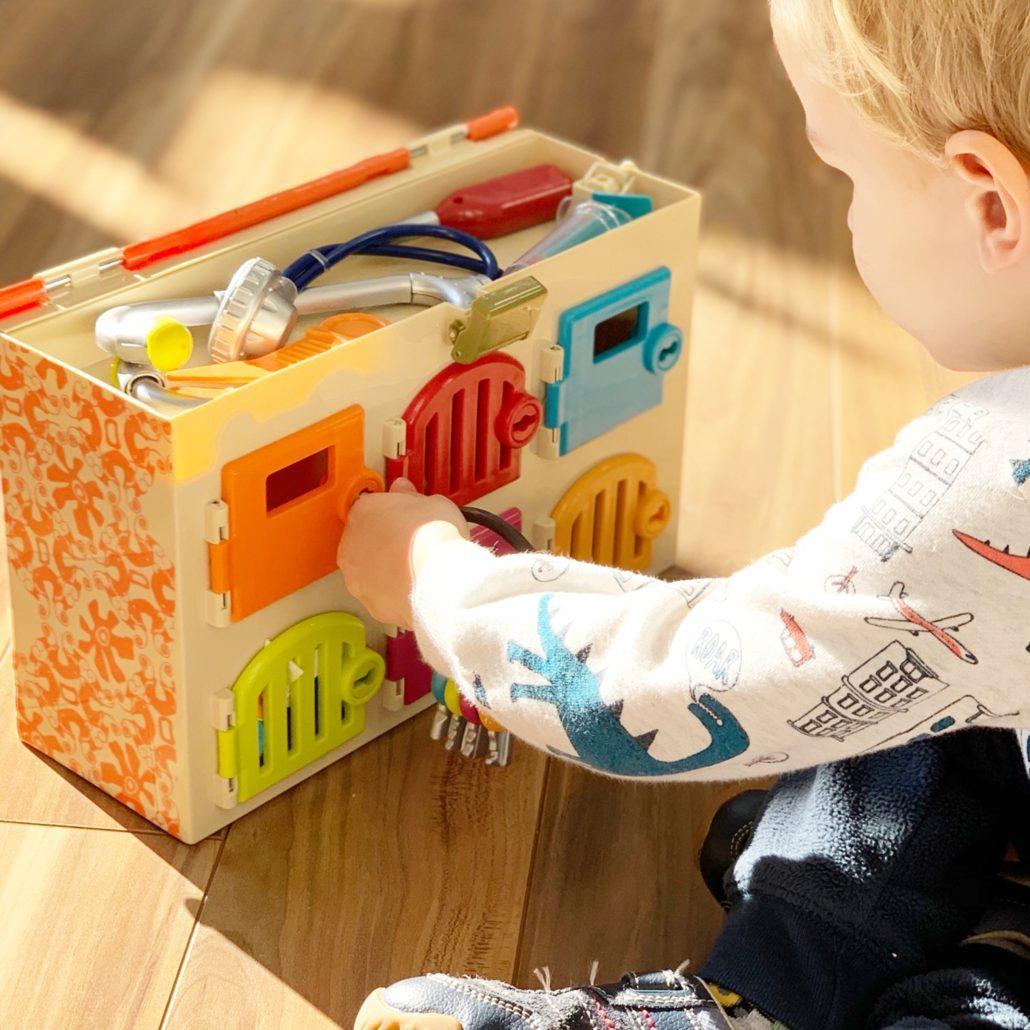 Critter Clinic Toy Vet Set