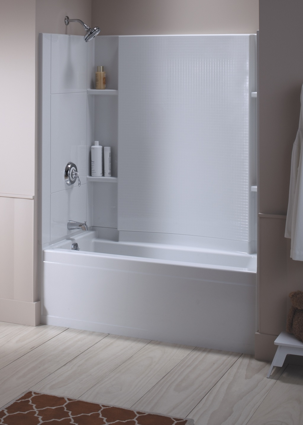 Accord Tub with Shelving