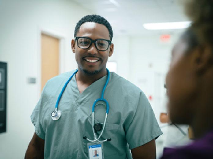 Nurses in discussion