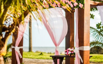17 Best Beach Wedding Decorations For Beach Bums