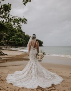 Beach Wedding Decoration Ideas For Couples On A Budget