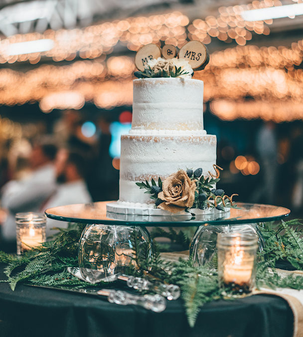 Wedding Cake Toppers To Take Your Wedding Cake To The Next Level in 2019