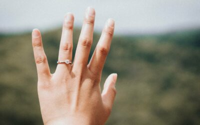 The 14 Best Diamond Alternatives For Engagement Rings in 2020