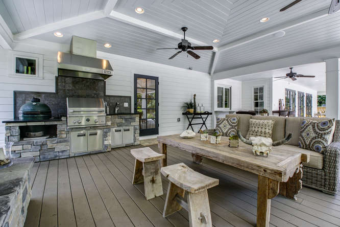 1023-S-Frankland-Rd-Tampa-FL-small-027-Outdoor-Living-Area-666×445-72dpi