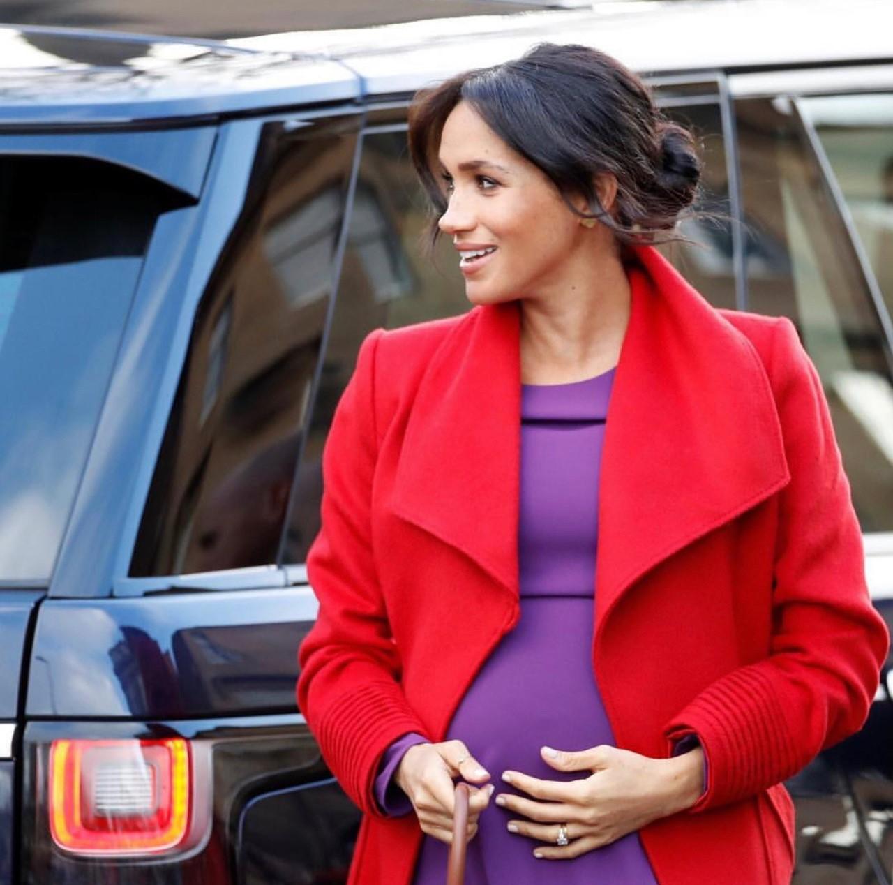 colorido look de embarazada