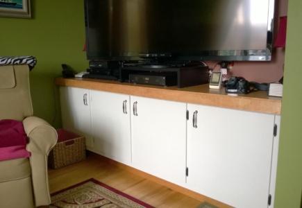 Living Room Cupboard – Part 6