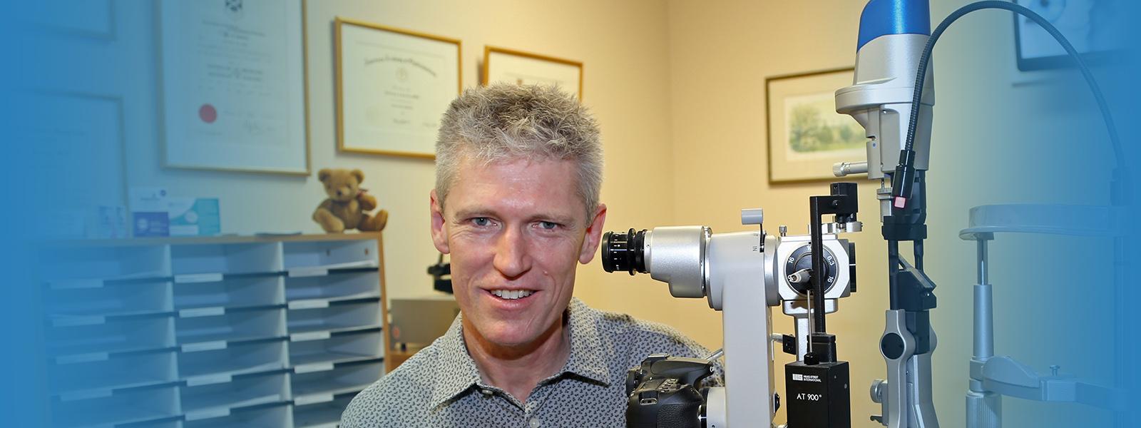 Dr Chris Kennedy