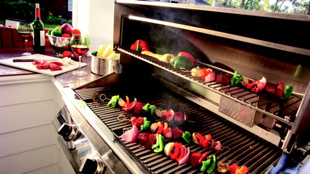 Propane Grilling Do's and Don'ts