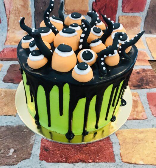 DIY Halloween Cake