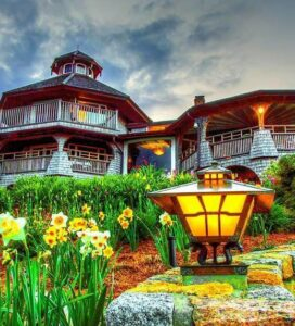 Hotels & Lodging - Hotels Guide - Entering Cape Cod