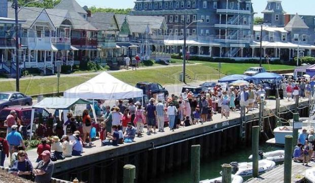 oak bluffs harbor fest