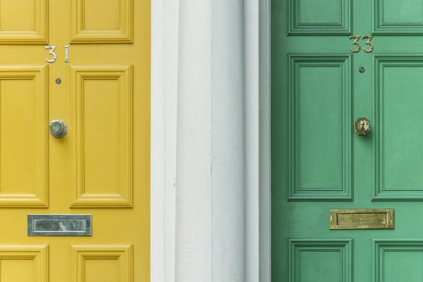 3 EASY WAYS TO INSTANTLY UPGRADE YOUR HOME'S CURB APPEAL