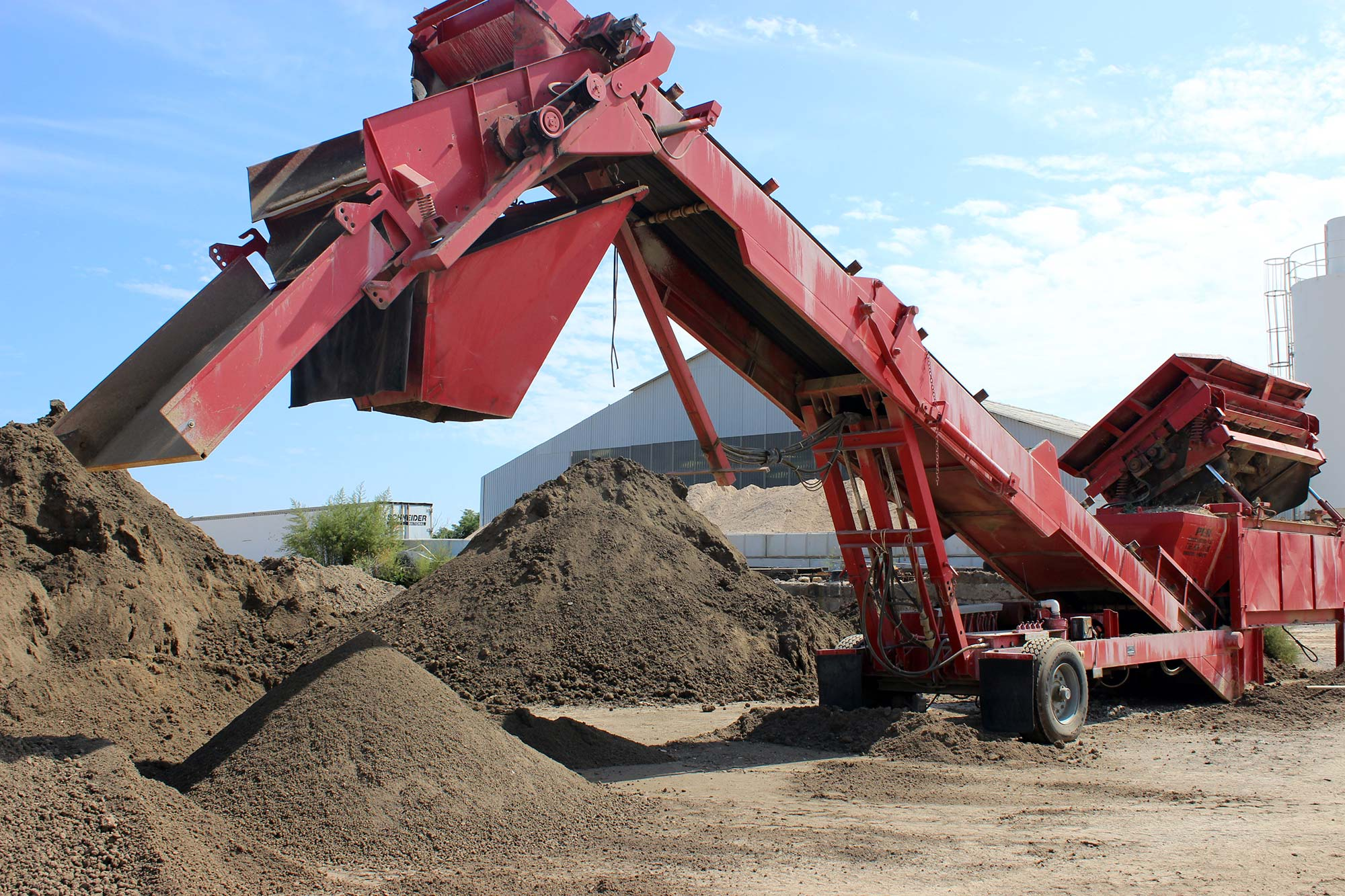 Topsoil screening