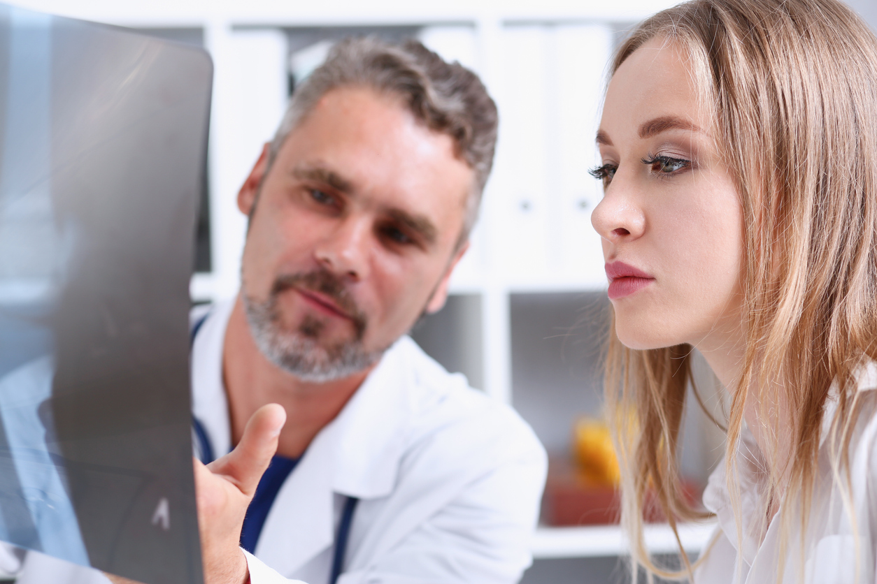 What Are the Benefits of Professional Medical Interpreter Services?