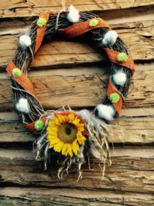 5-Day FALL Craft Challenge | Fall themed fleece wreath | DIY Sheep Crafts
