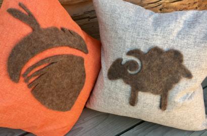 5-Day FALL Craft Challenge   Homemade Felt Silhouette Pillows   DIY Sheep Crafts