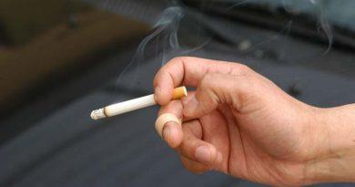Pide López Gatell suban impuestos a cigarros