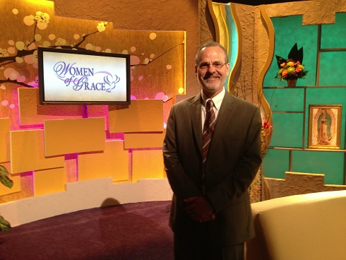 Catholic Speaker Gary Zimak on the set of Women Of Grace with Johnnette Benkovic